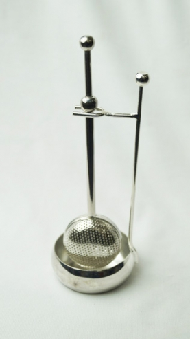BRASS TELESCOPIC TEA INFUSER AND STAND - NFBTS18
